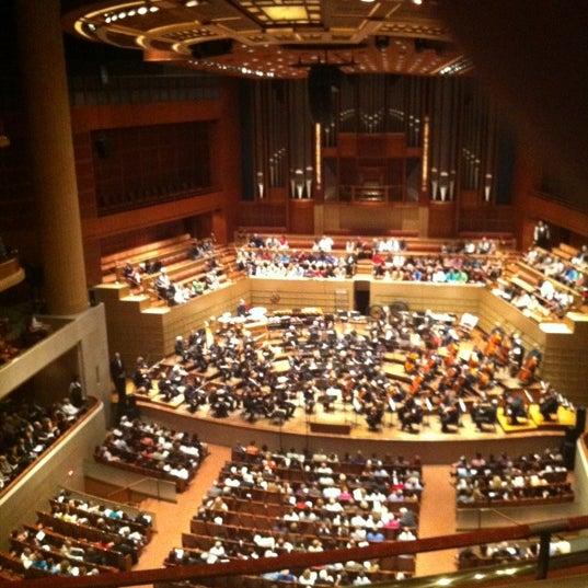 Foto tirada no(a) Morton H. Meyerson Symphony Center por Manuel L. em 9/22/2012