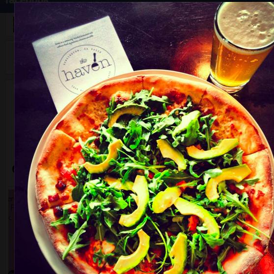 รูปภาพถ่ายที่ The Haven Pizzeria โดย The Haven Pizzeria เมื่อ 10/10/2013