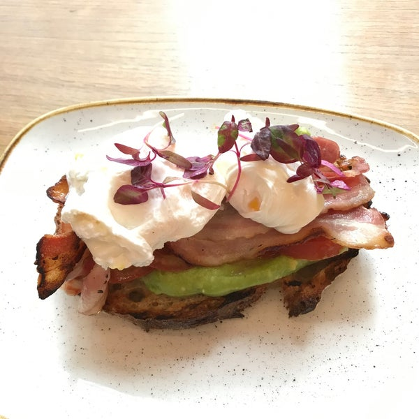 The bacon bruschetta (we Americans call it Avocado toast) is worth checking out. https://www.instagram.com/p/B34Je9-j7t9/?igshid=1cli2ak4eeqs6