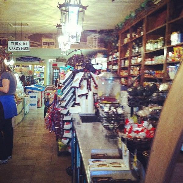 10/25/2012에 Matt D.님이 Jackson Market에서 찍은 사진