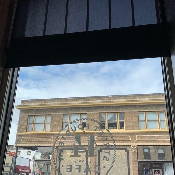 Foto diambil di Street 14 Cafe oleh Jim W. pada 2/18/2019