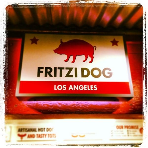 Снимок сделан в Fritzi Dog пользователем Billy H. 12/27/2012