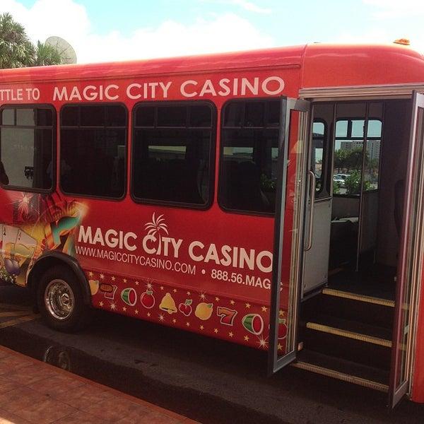 Foto tomada en Magic City Casino por Burger B. el 5/21/2013