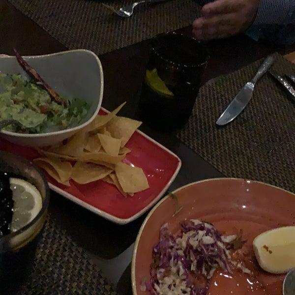 รูปภาพถ่ายที่ Maya Modern Mexican Kitchen + Lounge โดย Abdullah N. เมื่อ 6/19/2019