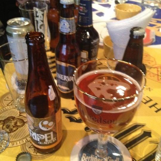 Foto tirada no(a) The Beer Box por Rodrigo Z. em 12/15/2012