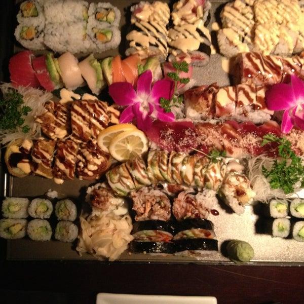Das Foto wurde bei Mura Japanese Restaurant von Jordan H. am 2/23/2013 aufgenommen