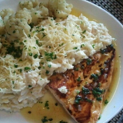 Foto tomada en Eskina Bar e Restaurante por Junior P. el 10/13/2012