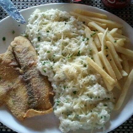 Foto tomada en Eskina Bar e Restaurante por Junior P. el 9/22/2012