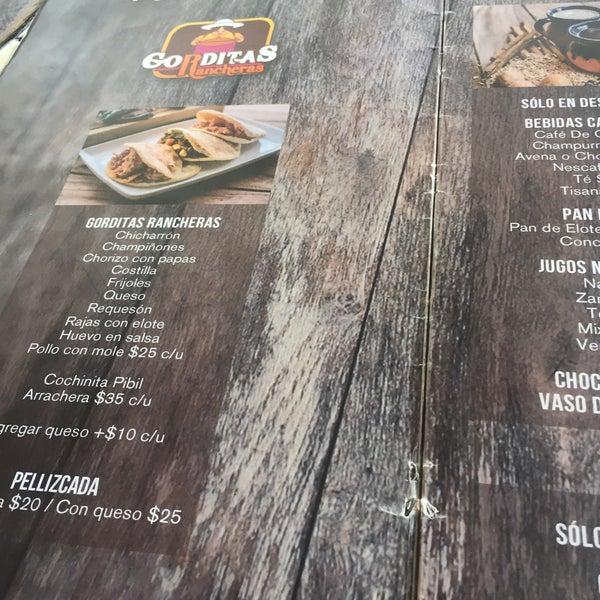 Fotos en Yaca Revolución - Restaurante mexicano en La Loma ... d849613af38