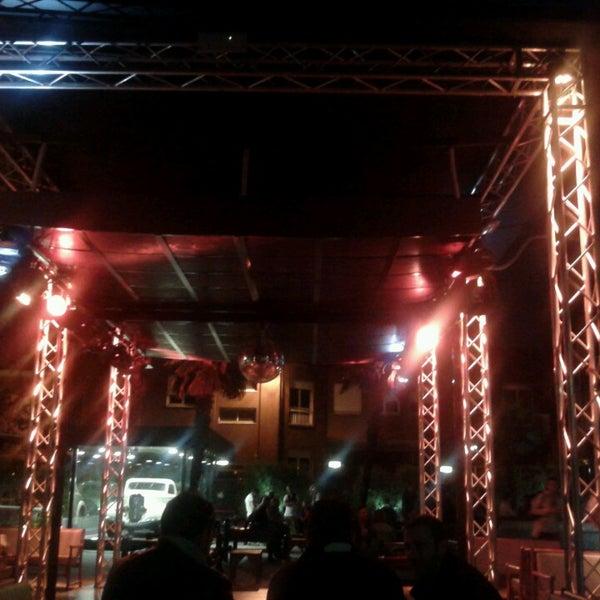 Das Foto wurde bei Bobino Club von Milano d. am 5/14/2013 aufgenommen
