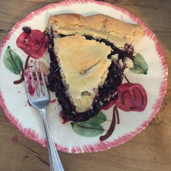 Foto tomada en Petee's Pie Company por Lizzy L. el 11/27/2016