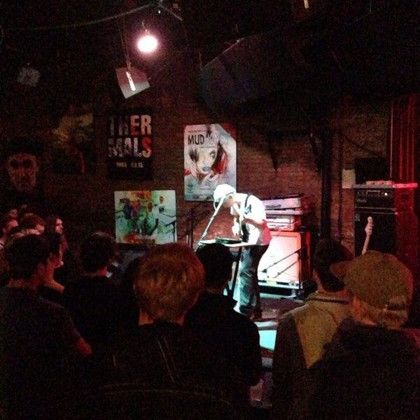 10/22/2013にBen B.がClub Dadaで撮った写真
