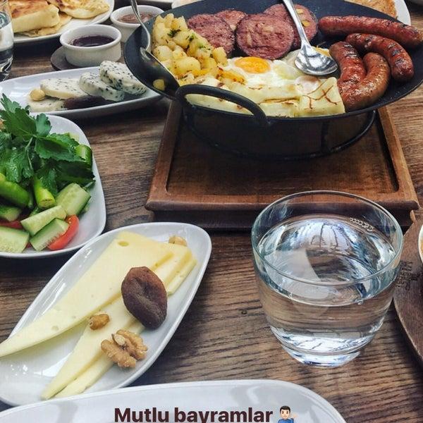 6/25/2017 tarihinde вєяαт ziyaretçi tarafından The Market Bosphorus'de çekilen fotoğraf