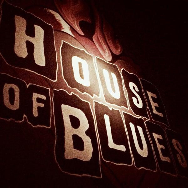 Foto diambil di House of Blues oleh Brian W. pada 3/6/2013