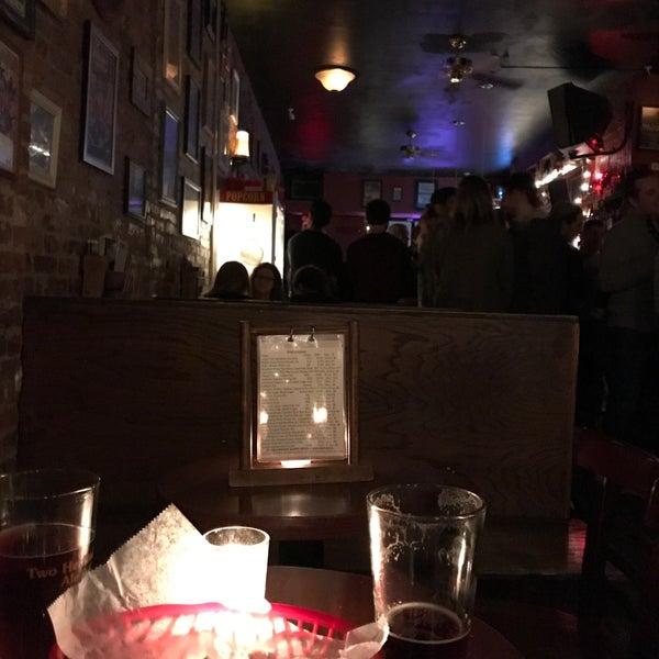 Das Foto wurde bei Fourth Avenue Pub von Eric B. am 1/14/2018 aufgenommen