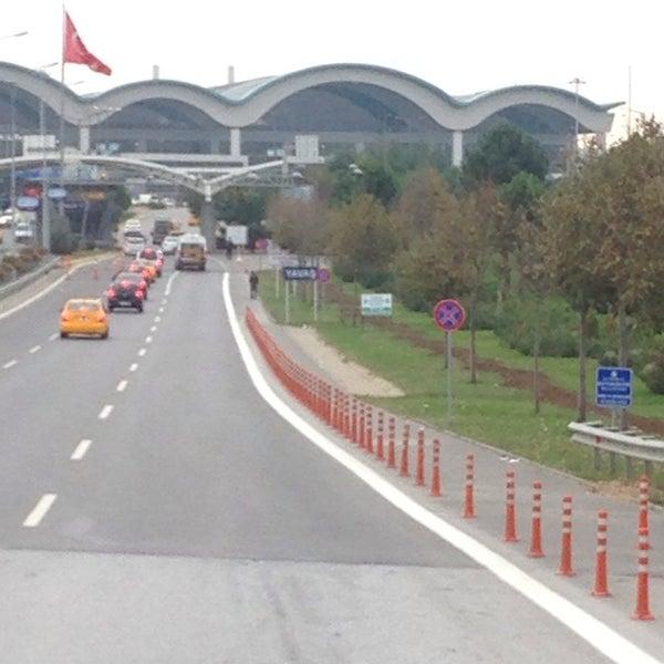 Снимок сделан в Аэропорт Стамбул им. Сабихи Гёкчен (SAW) пользователем Mustafa A. 10/31/2013