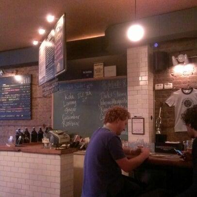 10/17/2012에 lora L.님이 Rosamunde Sausage Grill에서 찍은 사진