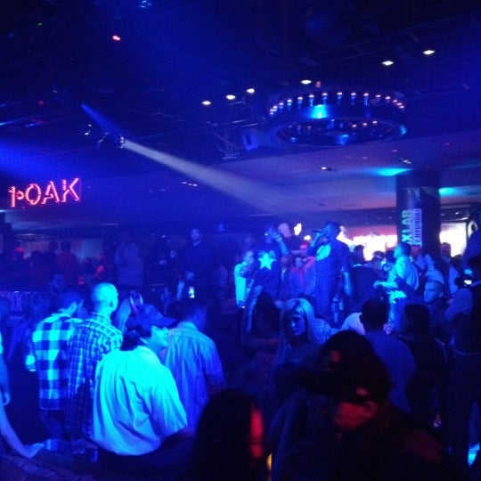 Foto tirada no(a) 1 OAK Nightclub por Rob L. em 11/1/2012