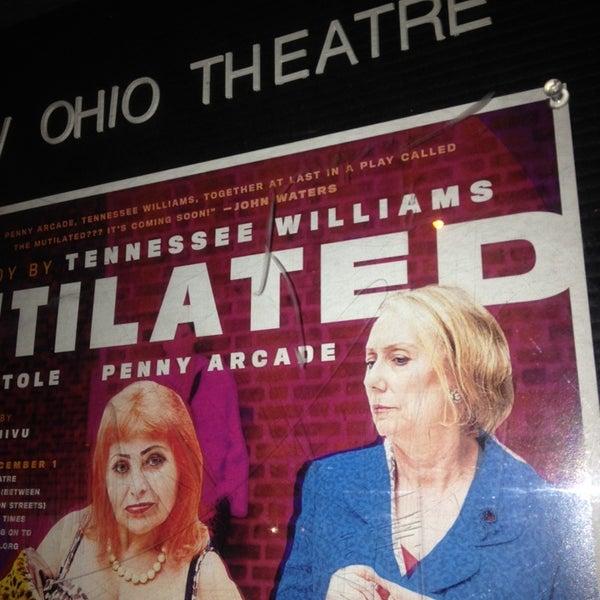 Das Foto wurde bei New Ohio Theatre von Jason A. am 11/22/2013 aufgenommen