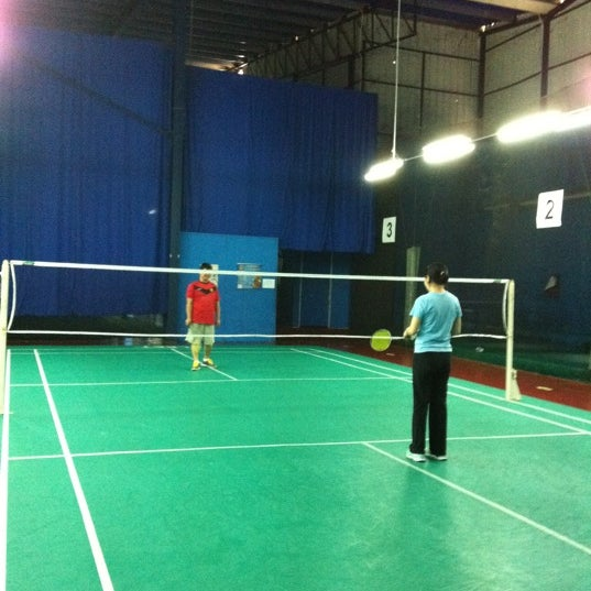 Photo taken at Challenger Sport Center by Gabrielle K. on 11 3 2012 7f842f3c76c11