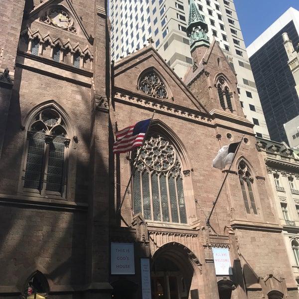 Foto diambil di Fifth Avenue Presbyterian Church oleh Maha I. pada 8/30/2017