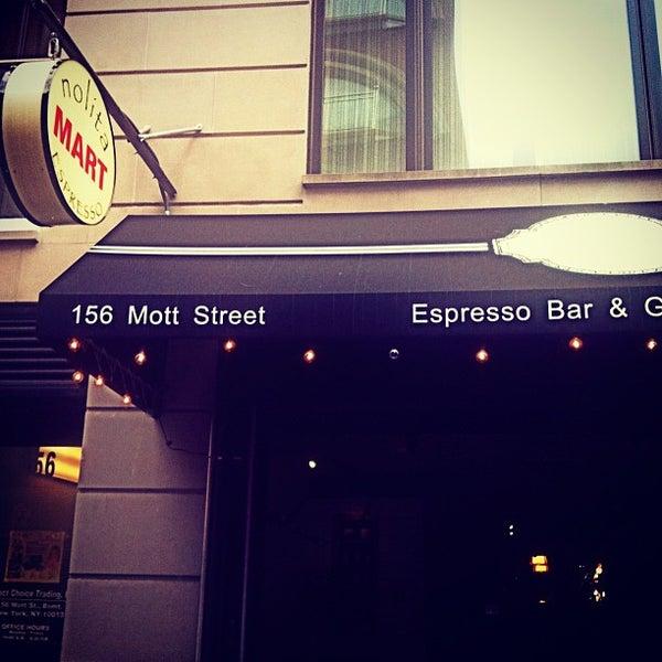 4/19/2013にEnric A.がNolita Mart & Espresso Barで撮った写真