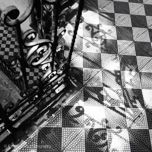 รูปภาพถ่ายที่ Mai Manó Gallery and Bookshop โดย Tomas O. เมื่อ 5/21/2014