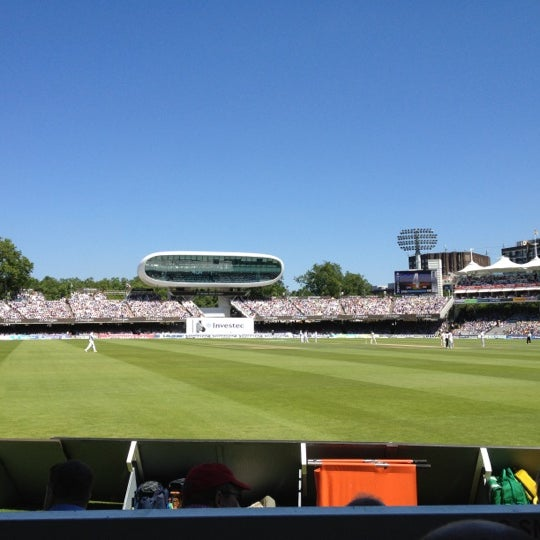 Foto tomada en Lord's Cricket Ground (MCC)  por Sue L. el 7/19/2013