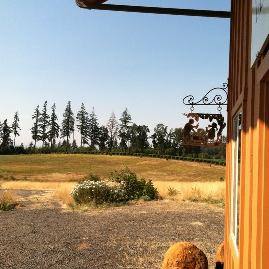 Photo prise au Winter's Hill Estate Vineyard & Winery par Luis D. le8/18/2012