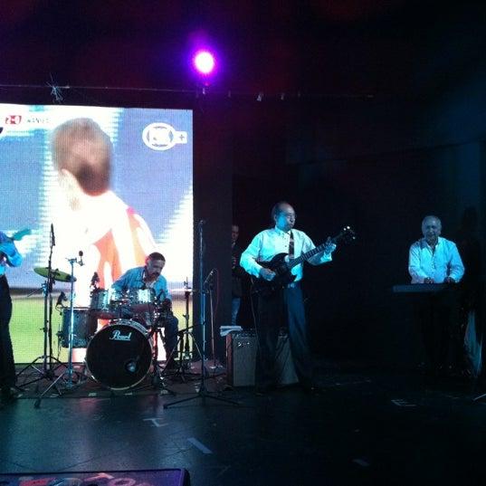 Das Foto wurde bei Casino Life von Adrian P. am 2/28/2012 aufgenommen