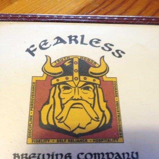 2/12/2012 tarihinde Mike K.ziyaretçi tarafından Fearless Brewing'de çekilen fotoğraf