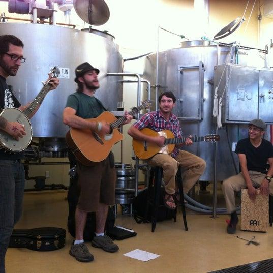 รูปภาพถ่ายที่ Mother Road Brewing Company โดย Rich M. เมื่อ 6/23/2012