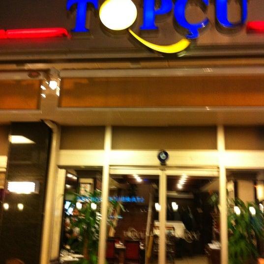 Foto diambil di Topçu Restaurant oleh Ayberk K. pada 4/11/2012