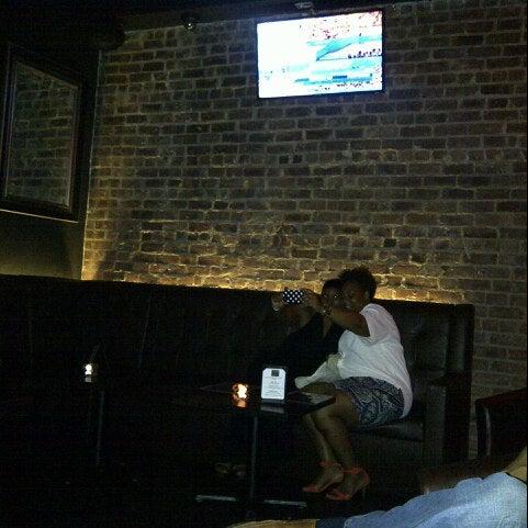 8/12/2012にD.がCove Loungeで撮った写真