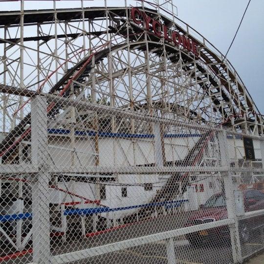 Foto tomada en The Cyclone por KJ el 7/15/2012