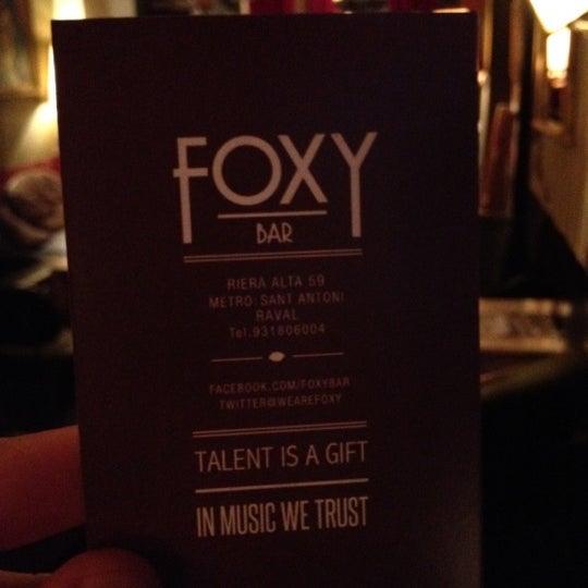 Foto tomada en Foxy Bar por Rafael G. el 4/27/2012