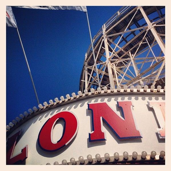 Foto tomada en The Cyclone por Ron V. el 5/6/2012