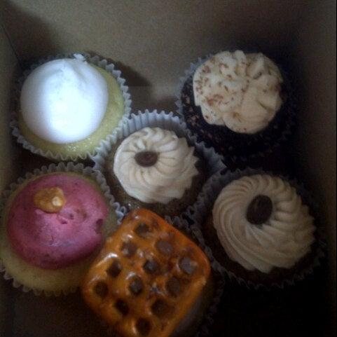 รูปภาพถ่ายที่ Prohibition Bakery โดย Nadine C. เมื่อ 9/1/2012