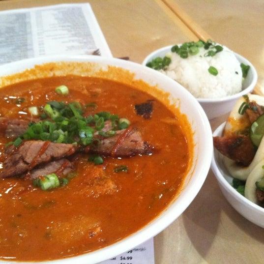 Das Foto wurde bei Sakaya Kitchen von 💛Diane☕🍜 am 4/21/2012 aufgenommen