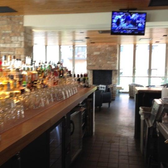 Foto tomada en Cantina Laredo por Brenda W. el 7/7/2012
