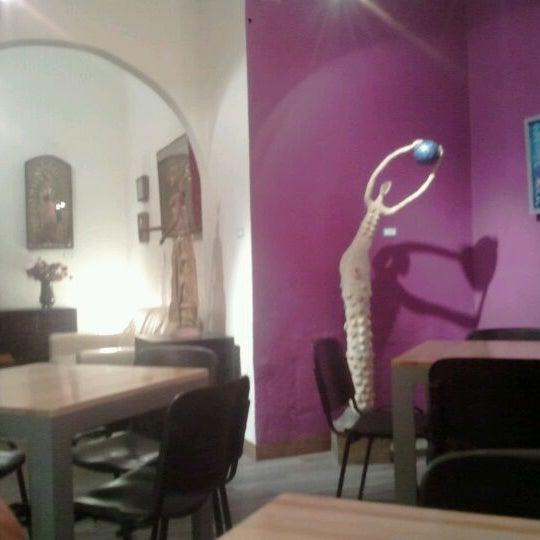 Foto tomada en Café Jaguar Yuú por Xavier C. el 5/13/2012