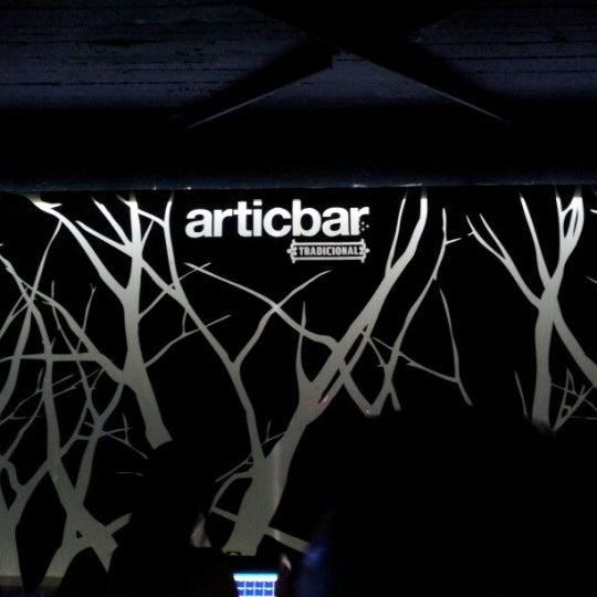 8/17/2012 tarihinde Henrick E.ziyaretçi tarafından Articbar México'de çekilen fotoğraf