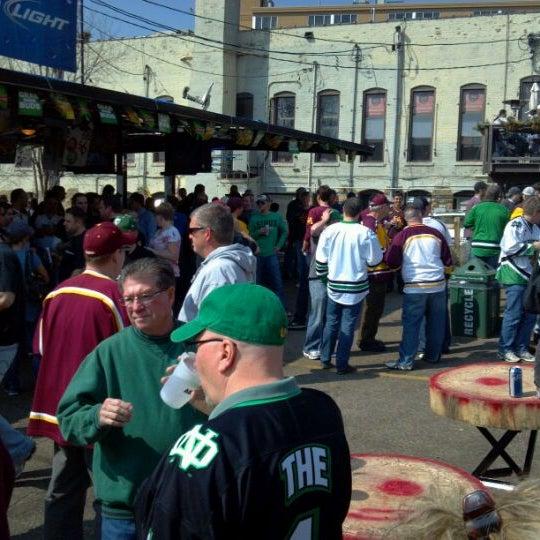 Das Foto wurde bei Eagle Street Grille von Thomas N. am 3/16/2012 aufgenommen