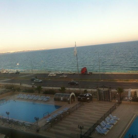 Das Foto wurde bei Harrington Park Resort Hotel von alper a. am 6/4/2012 aufgenommen