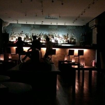Foto scattata a CINCO Lounge da Olivier P. il 10/28/2012