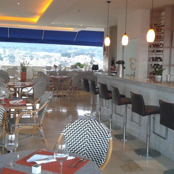 Foto scattata a GHL Grand Hotel Villavicencio da David I. il 10/22/2014