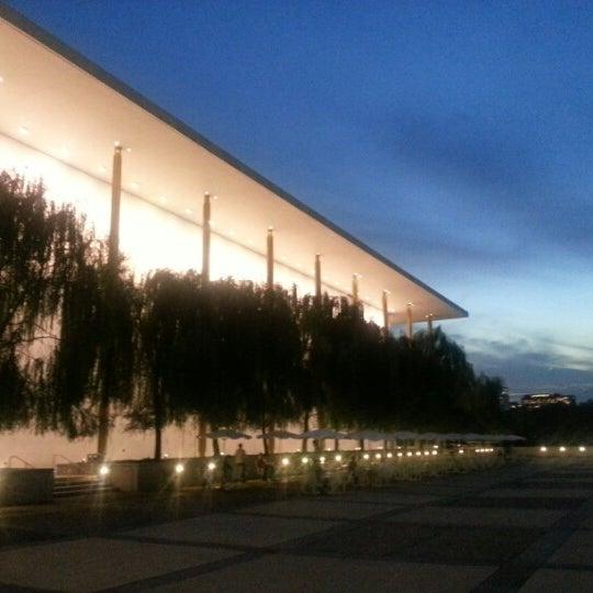 Снимок сделан в The John F. Kennedy Center for the Performing Arts пользователем Troy P. 10/23/2012