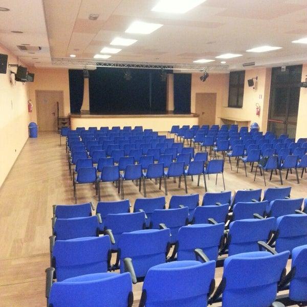 Teatro Regina Pacis - Luogo con spettacoli dal vivo