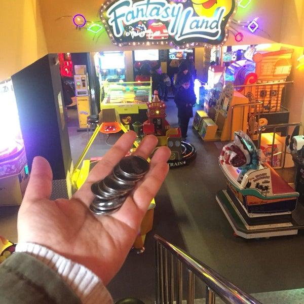 1/25/2018 tarihinde Serap F.ziyaretçi tarafından Fantasyland Oyun Merkezi & Coffee'de çekilen fotoğraf