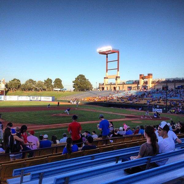 Photo prise au Cashman Field par Frank G. le6/15/2013